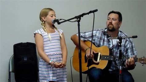 Who Sings Knocking On Heavens Door by Madelyn Live In Concert