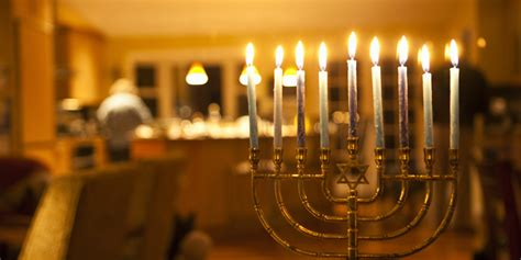 Hanukkah L by Hanukkah 2014 Dates Rituals History And How Tos For Celebrating The Festival Of Lights
