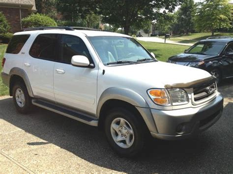 2002 Toyota Sequoia Mpg Find Used 2002 Toyota Sequoia Sr5 Sport Utility 4wd 4 7l