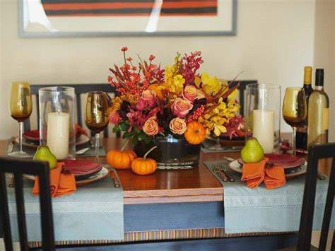 how to decorate your home for thanksgiving 15 stylish thanksgiving table settings hgtv