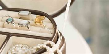 how to clean silver jewelry at home how to clean jewelry at home best ways for cleaning