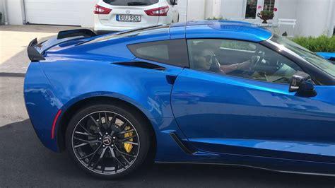 Corvette C7 R Bue corvette c7 z06 laguna blue great sound