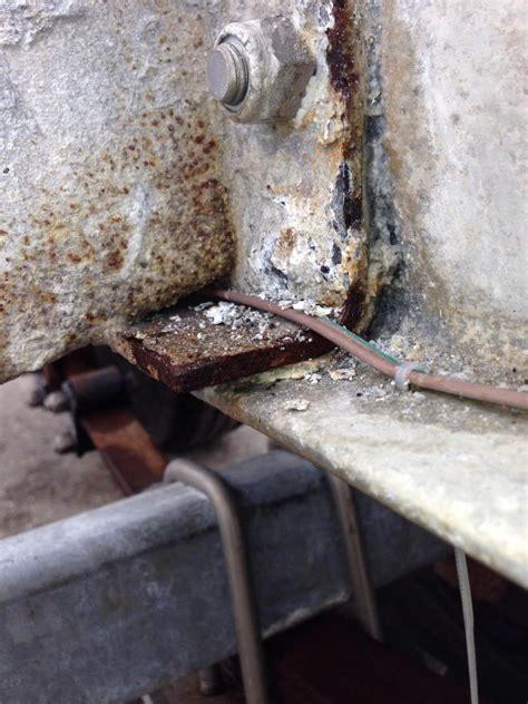 aluminum boat trailer galvanic corrosion triton boat trailer corrosion pics the hull truth