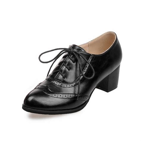 womens vintage oxford shoes 483 best 1940s shoes images on 1940s shoes