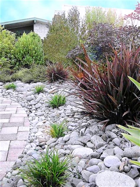 River Rock Garden Ideas River Rock Flower Bed Designs Home Design Elements
