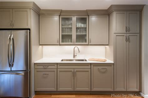 What color are those cabinets are they showplace light mocha