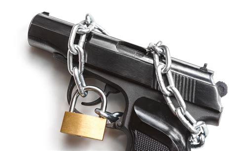 aggred 236 un uomo nel 1995 niente porto di fucile per tiro