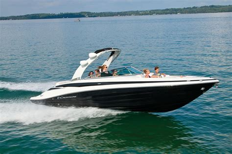 runabout boat reviews crownline 285 ss first rate runabout boats