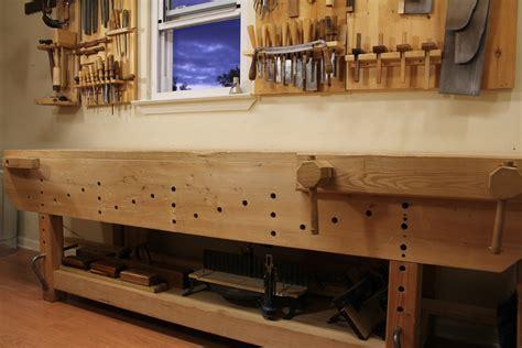 minimum space needed  hand tool woodworking bob rozaieski