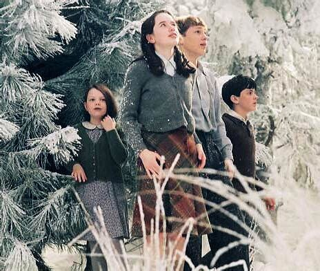 Narnia The The Witch And The Wardrobe Cast by In The 2005 The Chronicles Of Trivia Questions Quiz Club