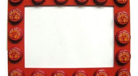 Tempat Permen Lucu Wadah Cokelat Dan Tutup Putih Kreasi Yang Bisa Kamu Buat Dengan Botol Bekas Zodiac