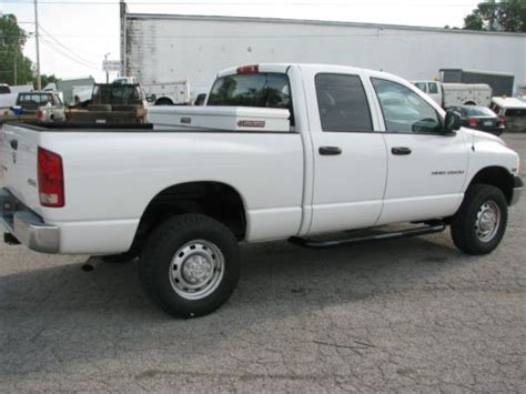 southern truck beds purchase used 5 7 hemi auto 4x4 crew cab short bed clean