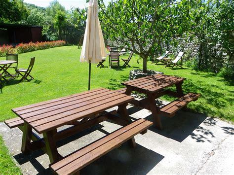 apartamento pirineo aragones mesas de picnic apartamentos de turismo rural pirineo