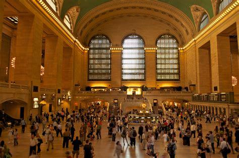 exploring new york city from manhattan to