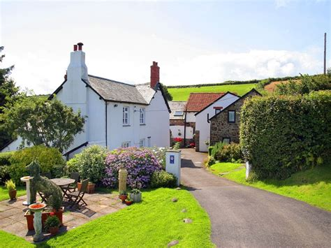Farm And Cottage Holidays Baby And Toddler Friendly Cottage Of The Week Robin Hill
