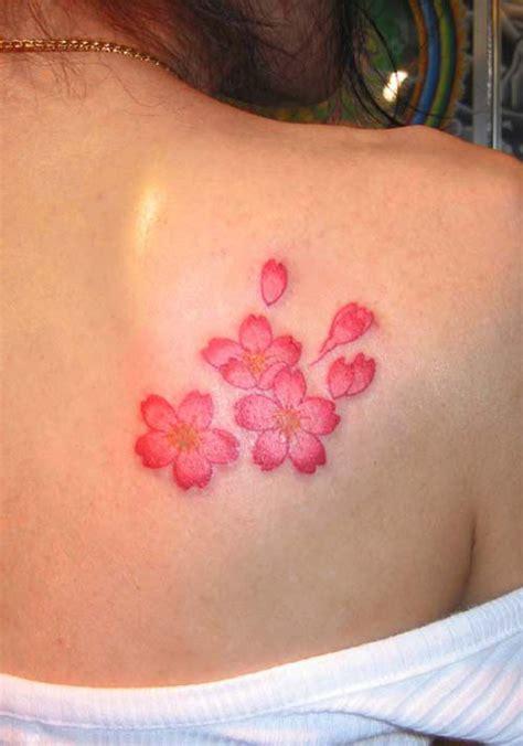 cherry blossom shoulder tattoo beautiful cherry blossoms shoulder beautifully