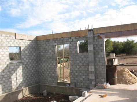 building a concrete block house interlocking concrete building blocks images