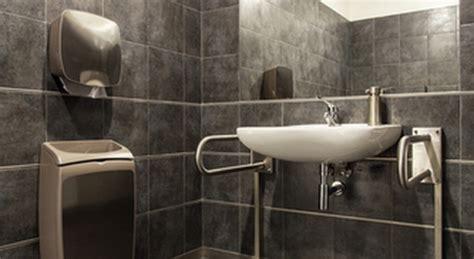 obbligo bagno disabili il bagno per disabili in casa ecco cosa si deve sapere