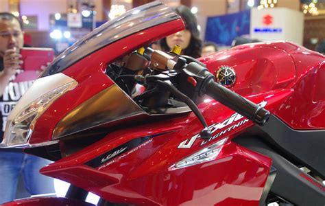 Foto2 Modifikasi Vespa by Yamaha New V Ixion Fairing Concept Modifikasi