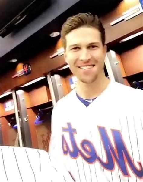 jacob degrom chopped off his luscious locks but he s