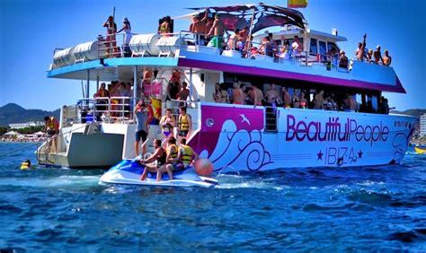 catamaran barcelona cumpleaños como elegir los mejores barcos para fiestas y celebraciones