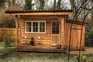 garden cabin roundwood design