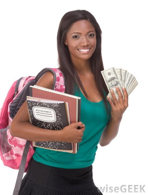 Mba Loans For Living Expenses by Can I Use Student Loans For Living Expenses With Pictures