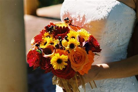 Pictures Fall Wedding Flowers by Picture Of Stunning Fall Wedding Bouquets