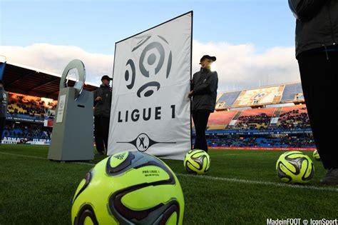 Calendrier Foot Ligue 1 Tunisie 2015 Lfp Une Minute De Silence Pour Le Drame De Chapecoense