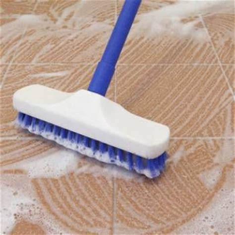 Mopping Bathroom Floor by Best 25 Clean Tile Floors Ideas On Floor