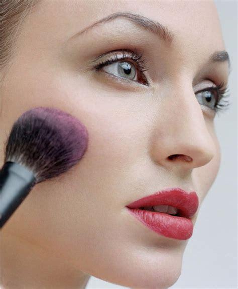Jual Make Up Oriflame 4 dasar cara bermake up tokokosmetikcantik