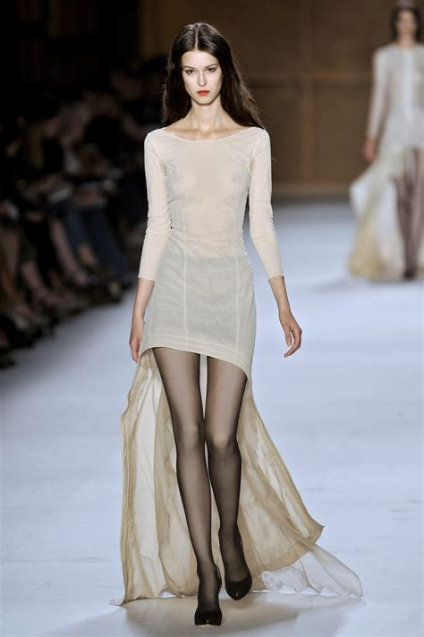 Style Ricci Fabsugar Want Need by Ricci 2009 Runway Pictures Livingly
