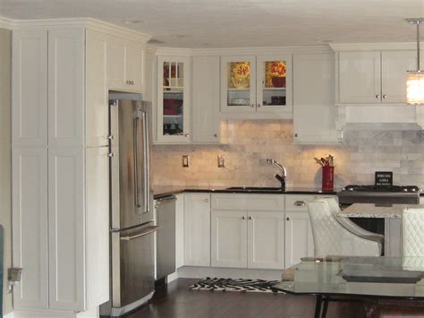 painted shaker kitchen cabinets shaker painted cabinets kitchen remodel images