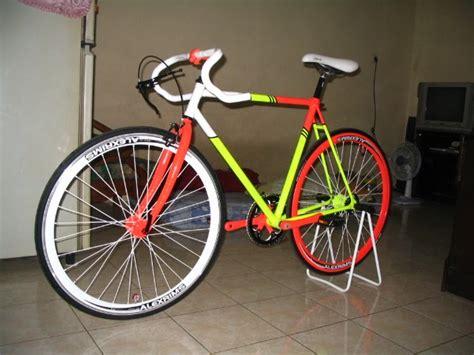 Sepeda Fixie Warna Merah Maroon sepeda fixie jual frame sepeda fixie beli sepeda