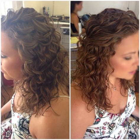wedding hairstyles for naturally curly long hair bridal hair wedding hair half up half down curly hair
