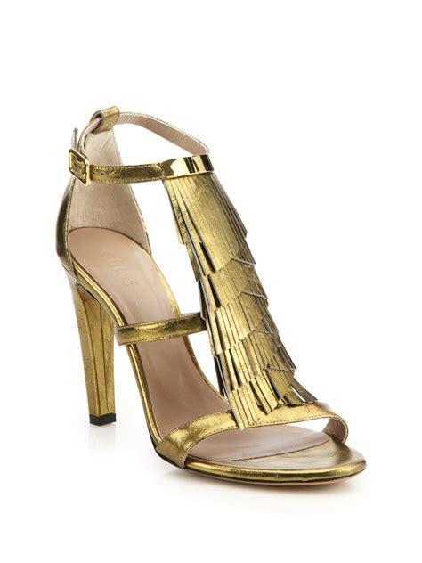 leather fringe sandals lyst chlo 233 metallic leather fringed sandals in metallic