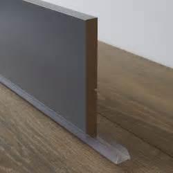 bavette de plinthe de meuble de cuisine delinia leroy merlin