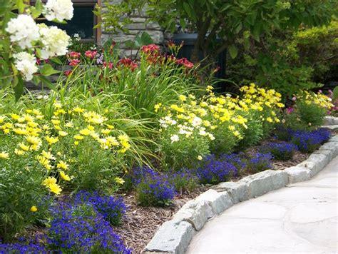 Mile Of Flowers Garden Tour Chetola Resort At Blowing Rock Rock Garden Supper Club