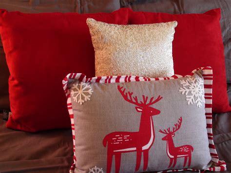 sleeps til christmas walk dandelion patina decorating master bedroom for christmas bedroom clipgoo
