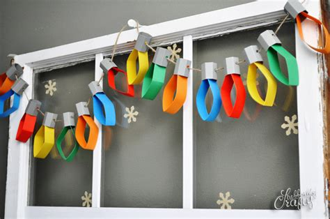 16 effortless paper christmas decorations light garland