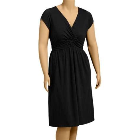 flattering styles for full figure older women flattering styles for full figure older women full figured