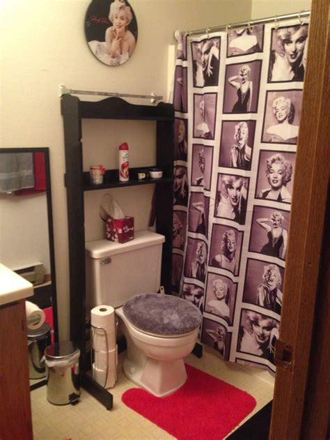marilyn monroe bathroom ideas 25 best ideas about marilyn monroe bathroom on pinterest
