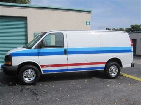2005 chevrolet express sell used 2005 chevy express 2500 cargo insulated in