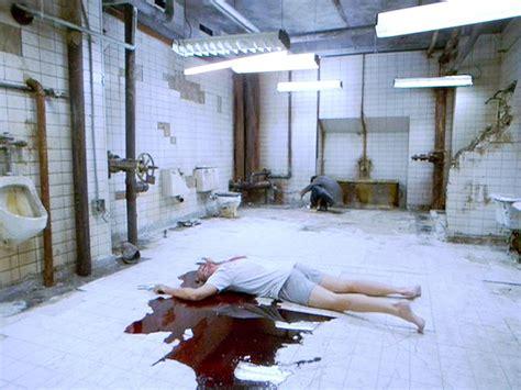 saw room horror don t happen in open floor plans humoroutcasts