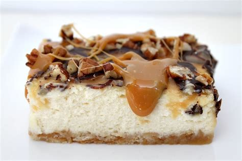 cheesecake topping bar caramel pecan cheesecake bars