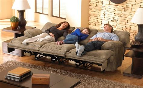 who makes the best reclining sofas montana lay flat triple reclining sofa w drop down table