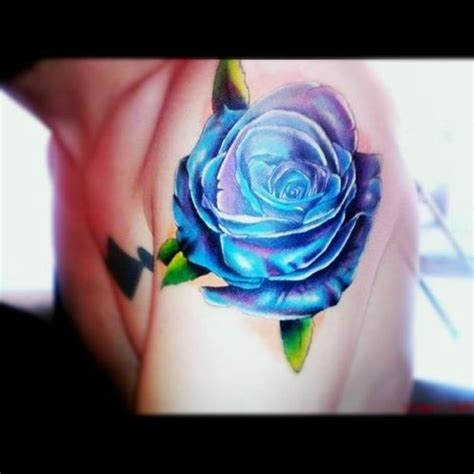dark blue rose tattoo best 25 blue tattoos ideas on blue