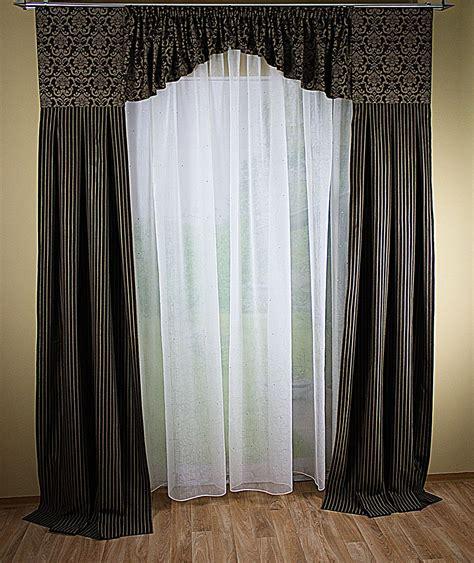 gardinen mit schals hochwertige tapeten und stoffe fensterdeko mit 2 schals