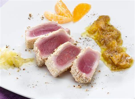 cucinare tranci di tonno tranci di tonno al mandarino cotto e crudo cottoecrudo it