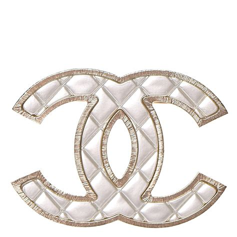 Metal Brooch chanel metal quilted cc brooch silver gold 242980
